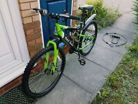 Brand new Apollo Gradient Mens Mountain Bike + all the accessories from the pictures