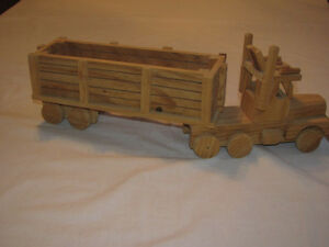 Hand-crafted Wooden Semi-Trailer model Edmonton Edmonton Area image 2