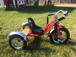 Roadmaster roadster tricycle
