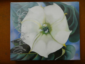 ONE HUNDRED FLOWERS: GEORGIA O'KEEFFE. The ultimate Collectible