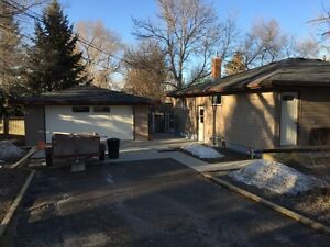 1\2 Duplex for sale in Lumsden