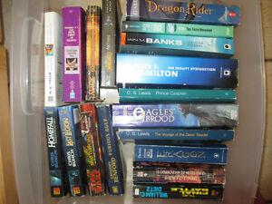 SiFi / Fantasy paperbacks