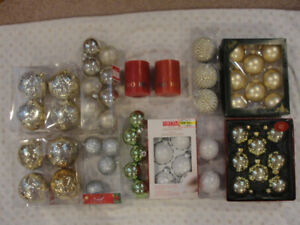 $8 - 10 BOXES ASSORTED NEW  CHRISTMAS DECORATIONS