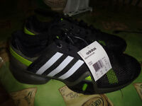 """souliers Adidas 12""""***NEUVES**NEW***shoes"""