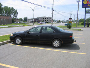 1998 Toyota Camry LE Sedan West Island Greater Montréal image 4