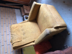 Recliner Chair - free with pickup