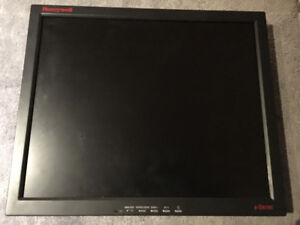 Moniteur CCTV Honeywell 19""