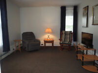 Port Elgin - Renovated - Furnished 2 Bedroom Apartment $950/mo