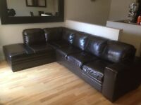 DARK BROWN LEATHER L COUCH