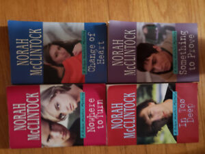 Robyn Hunter Mysteries Series:4 book