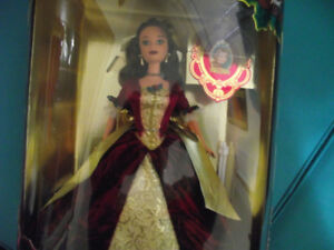 Disney's Beauty and the Beast Enchanted Christmas Barbie (Belle)
