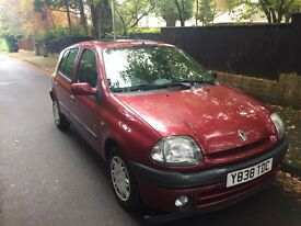 Renault Clio 1.4 long mot til 30/08/2017 low insurance cheap to run