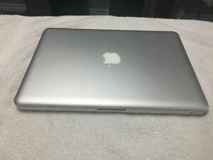 Like New Mid 2012 Macbook Pro 500gb HD,2.5Ghz,4gb Ram