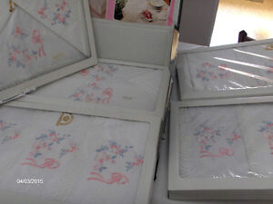 Beautiful Hand Embroidered Linens Imported from Italy-REDUCED! Kitchener / Waterloo Kitchener Area image 2