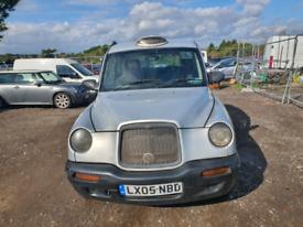 London taxi silver 2.4 diesel 2005 mot till December