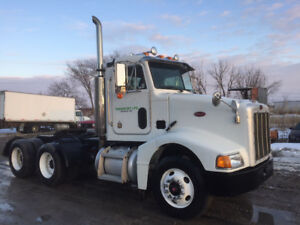 2003 Peterbilt 385 Day Cab - 425 hp Cat non emission -new safety