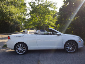 2010 VW EOS - LOW KM & WINTER TIRES - FEEL THE WIND IN YOUR HAIR