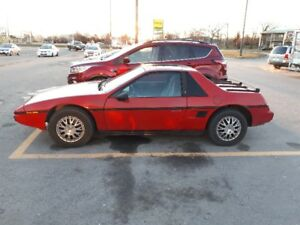 1986 Pontiac Fiero Coupe (2 door) Very good condition