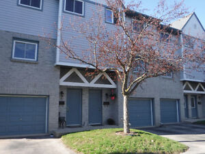 4BD 2BA CONDO FOR SALE IN SOUGHT AFTER WATERLOO NEIGHBOURHOOD