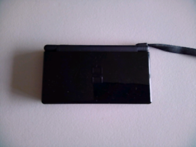 Nintendo ds lite and dsi consoles with games