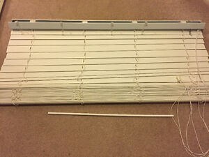 "White 2"" horizontal blinds London Ontario image 1"