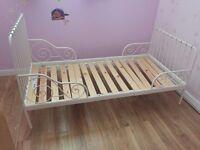 Children's extendable bed