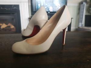 Louboutin Ivory 100mm pump 39.5 or 9 size