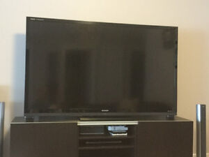 "Sharp Aquos Quattron 70"" LCD TV - Screen Broken :("