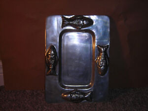 Solid PEWTER SERVING TRAY/PLATE with FOUR FISH Kitchener / Waterloo Kitchener Area image 2