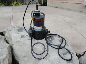 Red Lion 1/3 HP Submersible Sump Pump - Works Perfectly Kitchener / Waterloo Kitchener Area image 2