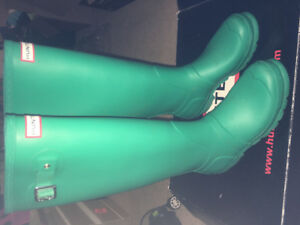 Tall Hunter Boots and Socks - Size 8 Green