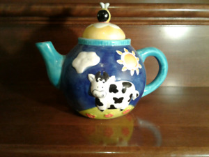 Cow Tea Pot