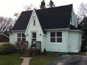 3 bedroom detached house for rent in quiet Armdale neighbourhood