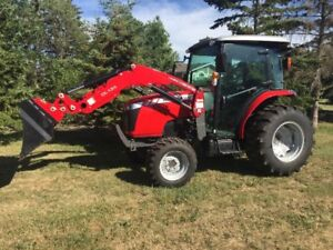 2015 Massey-Ferguson 1749 48 HP 4WD Only 180 hours!