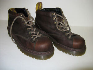 DR MARTENS AIR WAIR BROWN STEEL TOE SAFETY SHOES  SIZE 10