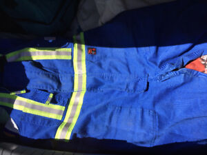Fr Bibs cover all and fr coveralls