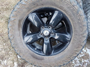 Mag dodge ram original 5 bolts 139.7 +tire 35""