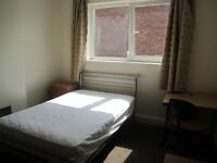 2 double rooms to rent in house share on Magdalen Road