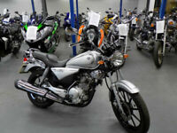 Yamaha YBR125 Silver Custom Cruiser 2012,11k,YBR125 Custom Black 2013 6k p/ex