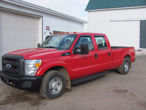 2011 Ford F250, CREW CAB, RWD..NEW MVI & WARRANTY...!