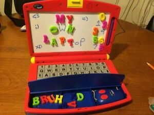 KIDS PLAY LAPTOP
