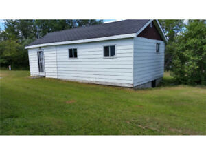 Great starter home!!! Move in ready!!