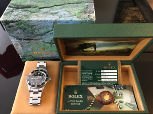 Rolex Submariner Stainless Steel 16610 V (2009 Box and Papers)