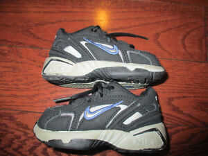 Nike baby/tot size 3 shoes