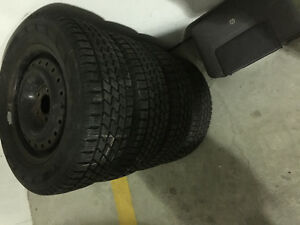 215 65 15. Winter tire with rims