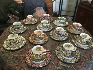 ROYAL ALBERT CUP SAUCER PLATE TRIO SETS NEW