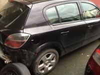 Vauxhall Astra mk5 1.4 for breaking all parts available