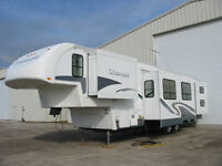2005 41 ft. Glendale Titanium 5th Wheel Travel Trailer