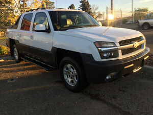 2003 Chevrolet Avalanche LTZ-Z71 ( leather )( very clean )