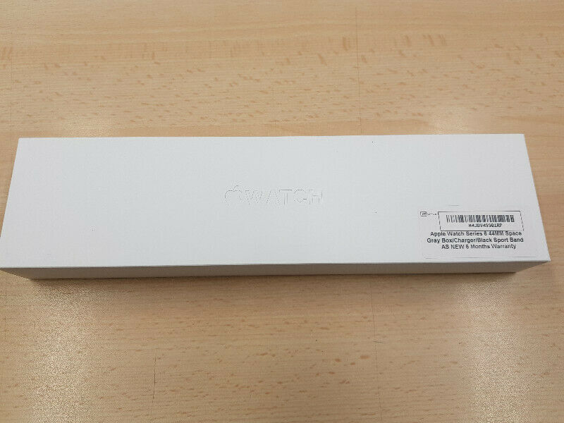 Apple Watch Series 6 44MM in Space Gray BOX